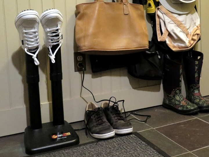 How to Use a Boot Dryer?