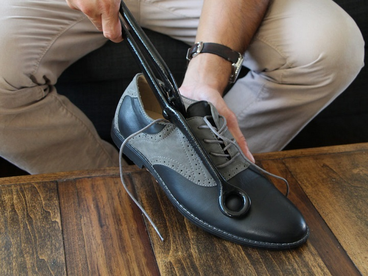 Best Shoe Stretcher for Bunions
